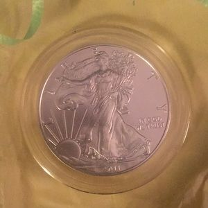 Liberty mint Silver Dollar 2011 collectable